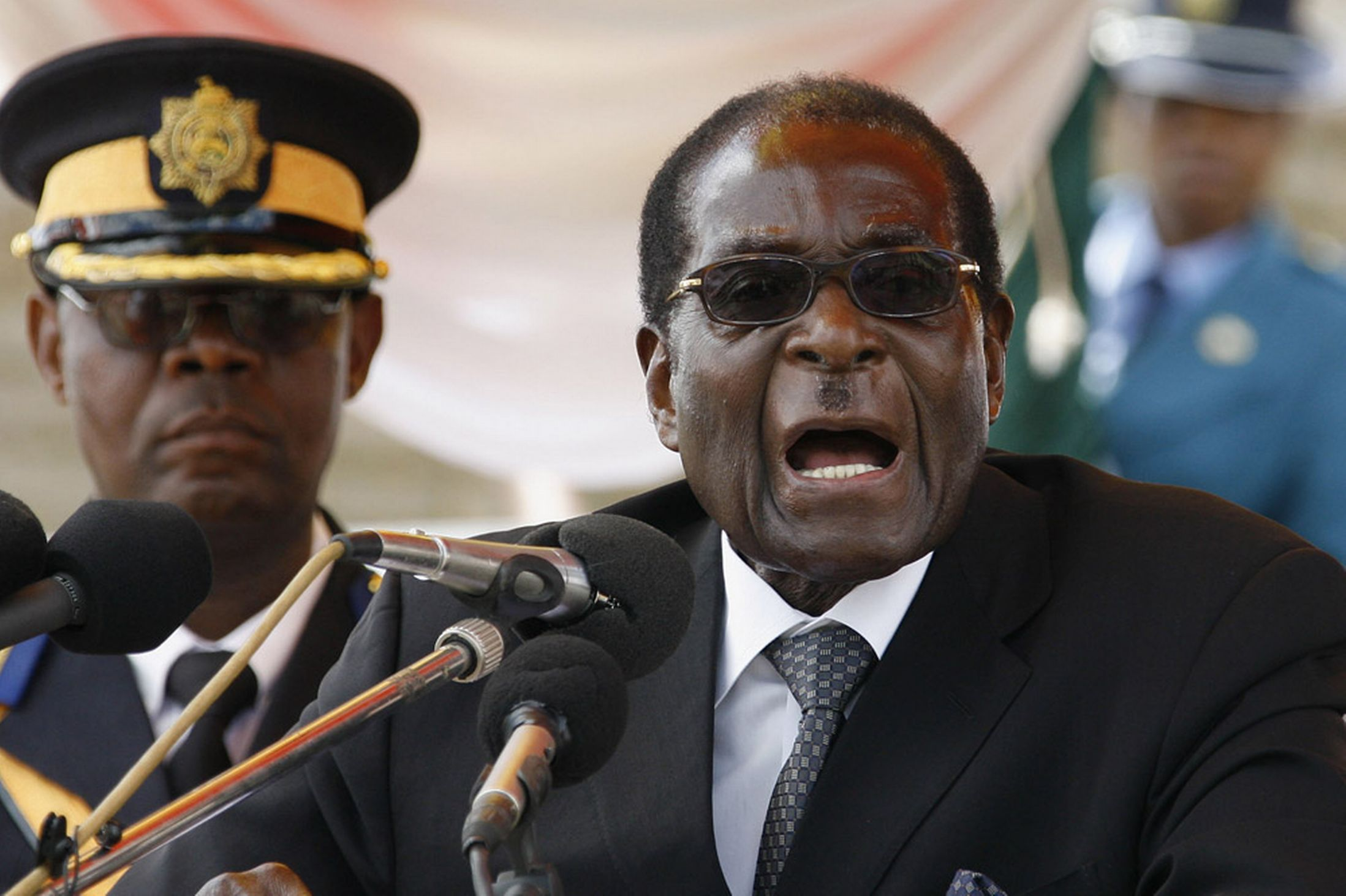 A letter to the President of Zimbabwe R.G. Mugabe for Christmas