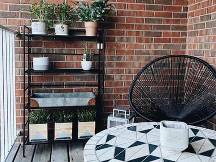 Brightening Patio with a Geometric Table